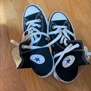 Black converse hitops